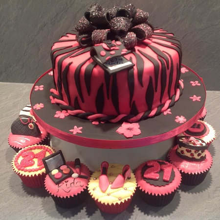Ladies Fashion Cakes And Cupcakes Beautiful And Unique