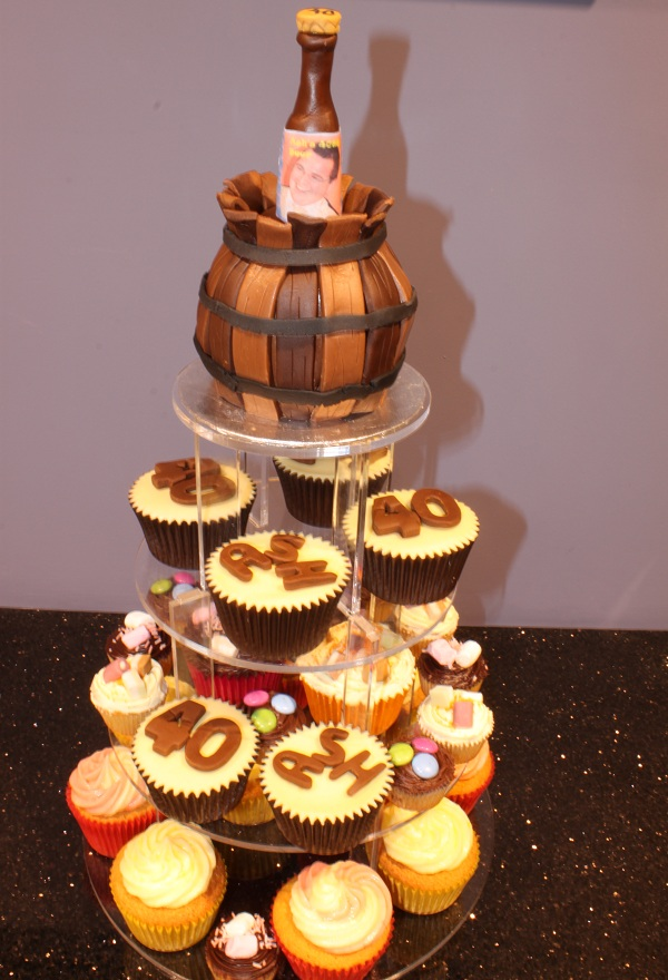 Large Cakes Beautiful And Unique Hand Crafted Cupcakes